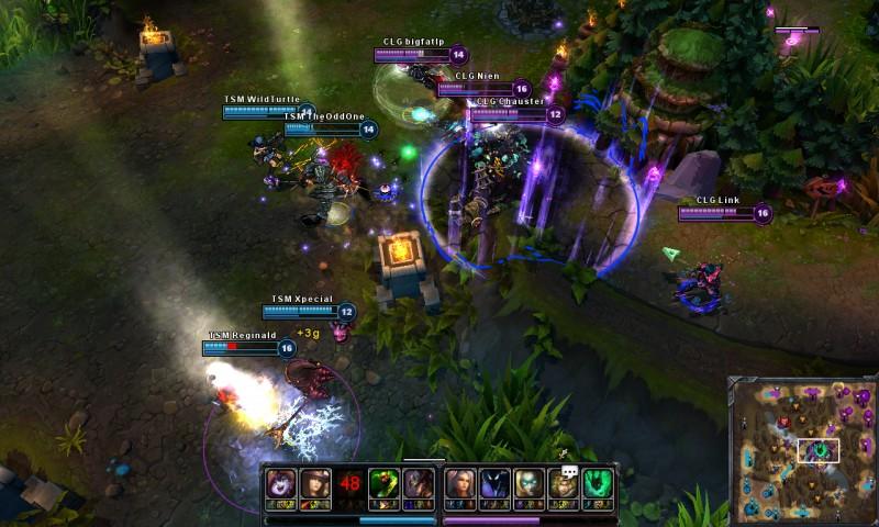 Team fight in League of Legends